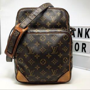 Louis Vuitton Amazon GM monogram crossbody bag